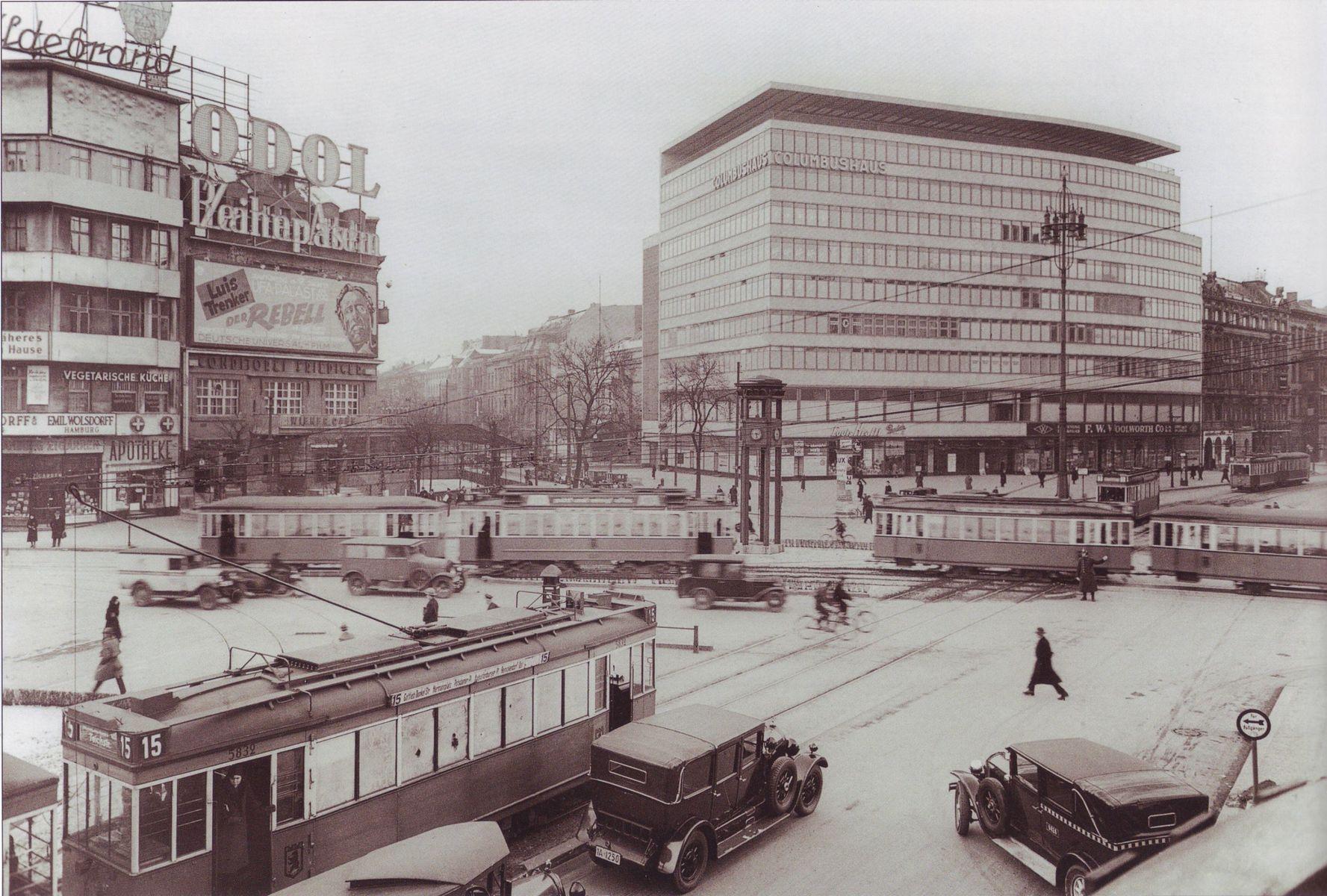 Potsdamer_Platz_mit_Columbushaus,_1932.jpg
