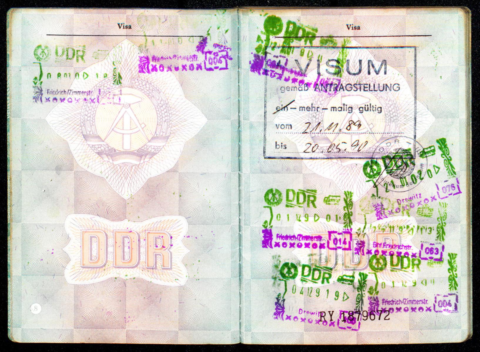 cd01-010-g99-m101_0003.jpg
