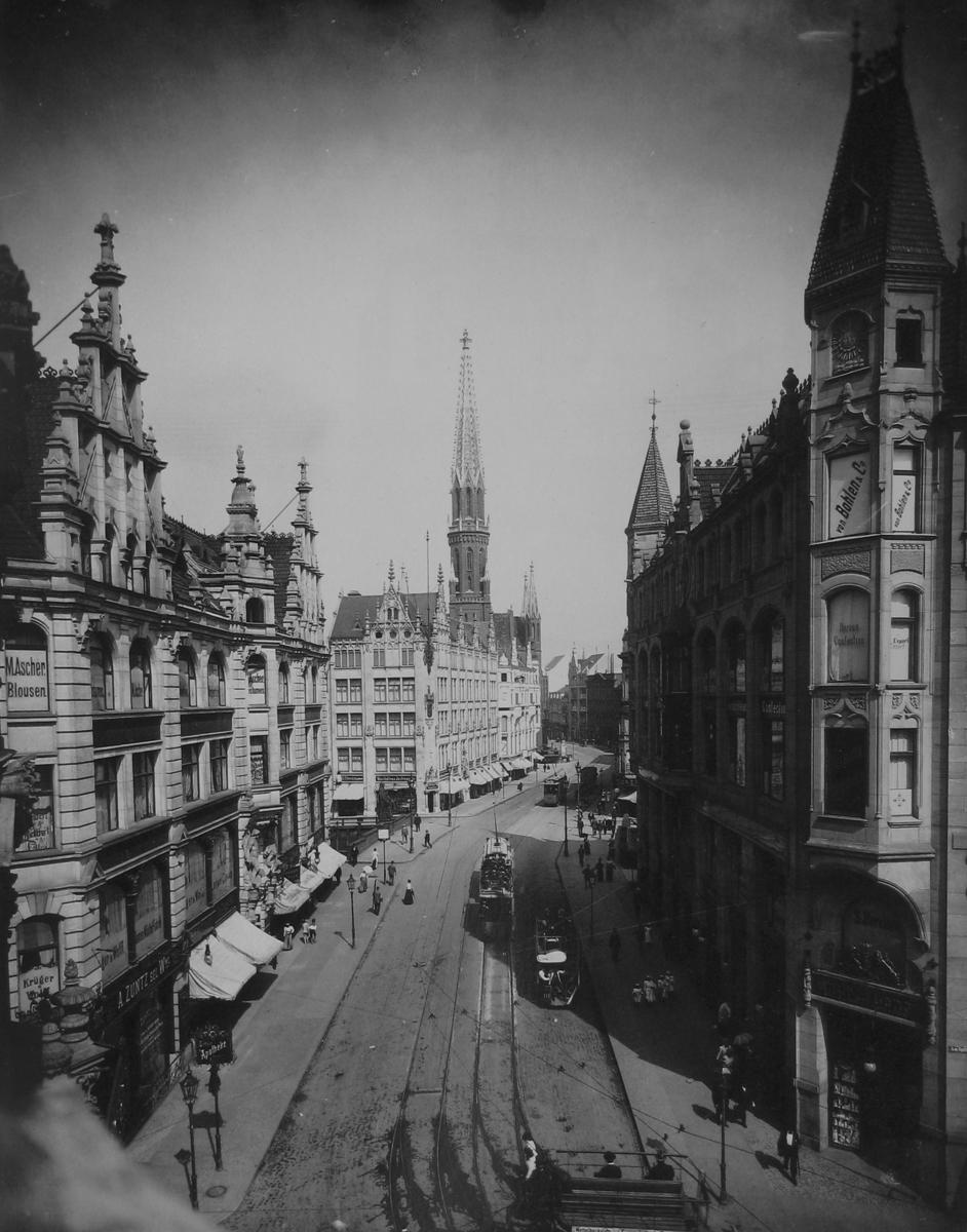 Gertraudenstr_Titzenthaler_1901.jpg