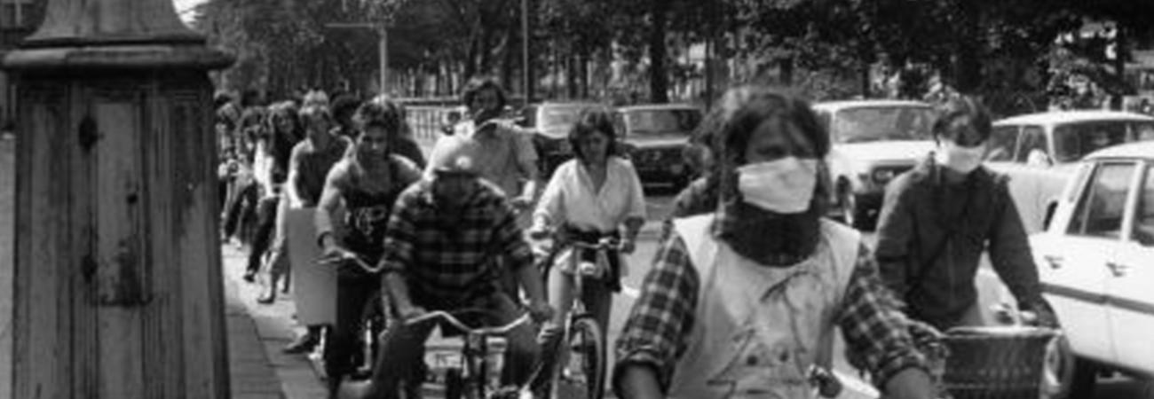 Stummer Protest auf zwei Rädern – Eine Fahrrad-Demonstration gegen die Umweltsünden der DDR