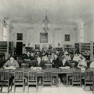 Lesesaal Spreeflügel in der Berliner Stadtbibliothek vor 1943
