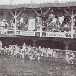 Im Flussbad