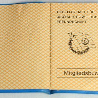 Mitgliedsbuch der Gesellschaft für Deutsch-Sowjetische Freundschaft