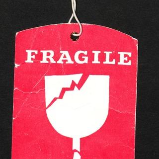 Kofferanhänger von Interflug: FRAGILE - ZERBRECHLICH