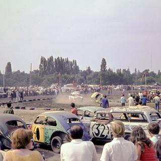 Blick auf die Crashcar-Rennstrecke