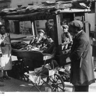 Straßenhandel im Scheunenviertel