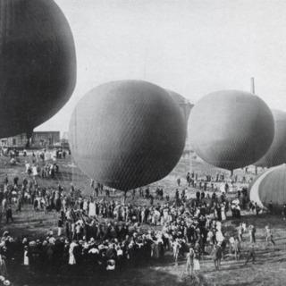 Berliner Ballonwettfahrt in Schmargendorf