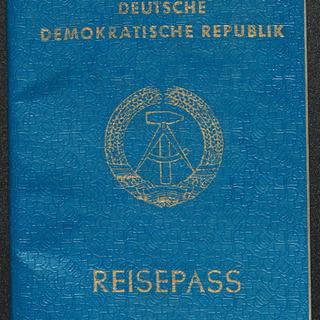 Reisepass der DDR vom 9.11.1989