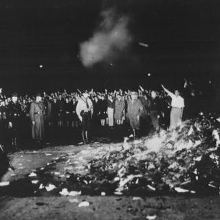Bücherverbrennung am Opernplatz