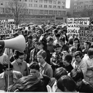Wir solidarisieren uns mit den Warschauer Schülern