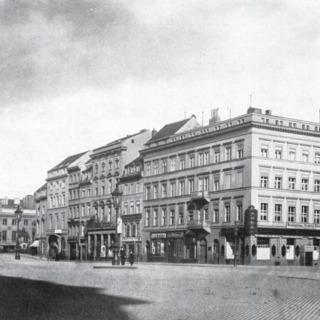 Der Schlossplatz im Jahre 1888